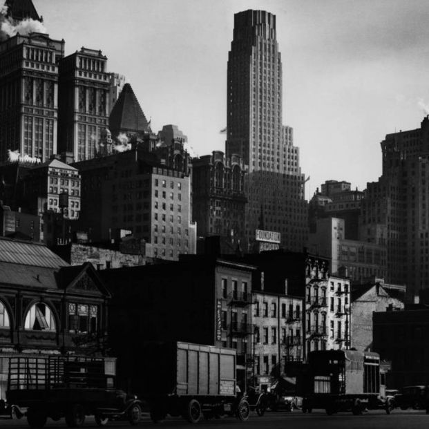 West Street, 1932 (Berenice Abbott)