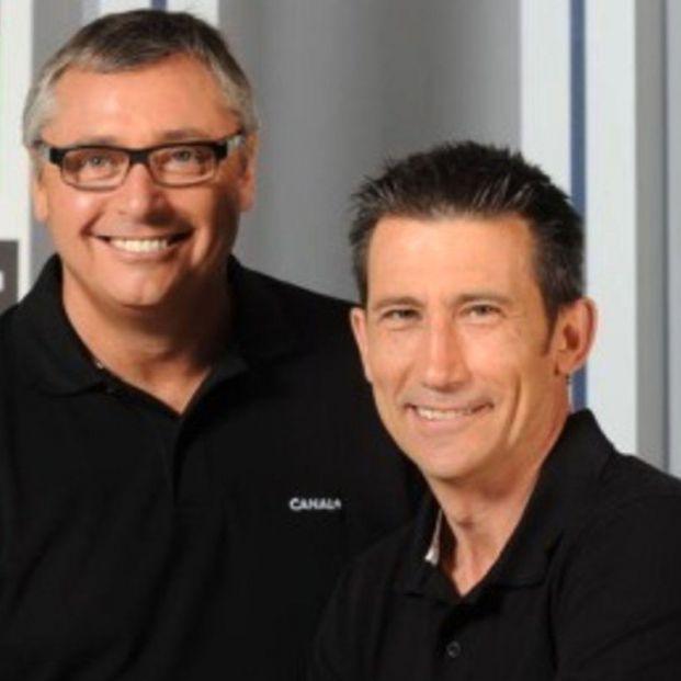 Carlos Martínez y Michael Robinson, 30 años narrando partidos