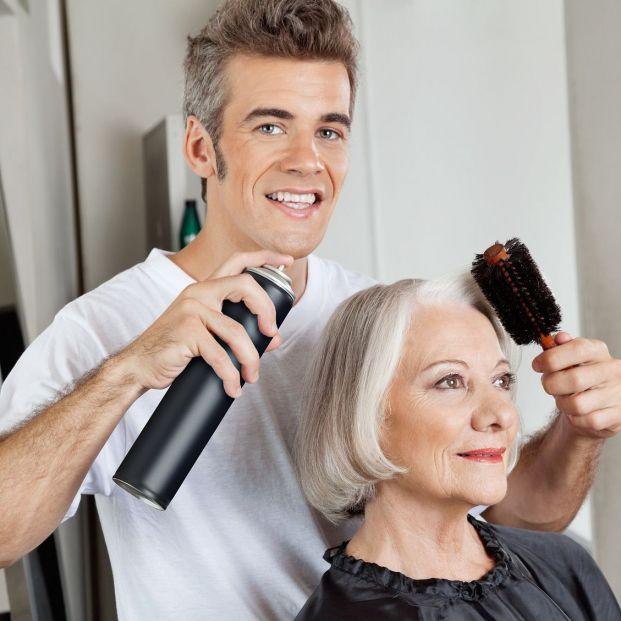 Consejos para utilizar correctamente la laca para el cabello