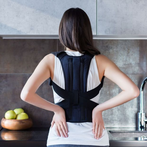 ¿Son realmente útiles los correctores posturales para la espalda?