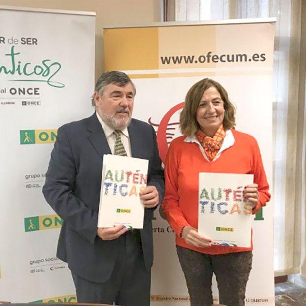 ALBERTO MORILLAS Y ROSA MARÍA ONIEVAS, DE ONCE Y OFECUM (Foto: El Faro)