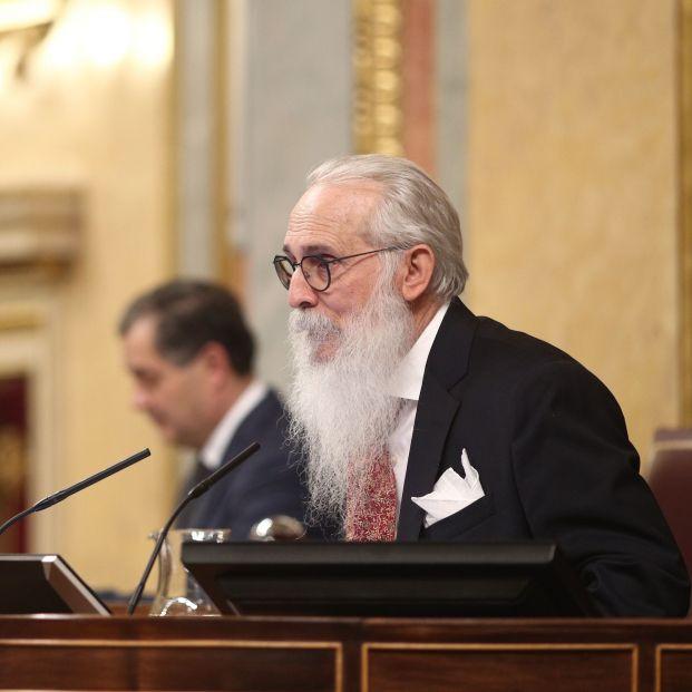 Agustín Javier Zamarrón, médico jubilado de 73 años, dirigirá la sesión constitutiva del Congreso