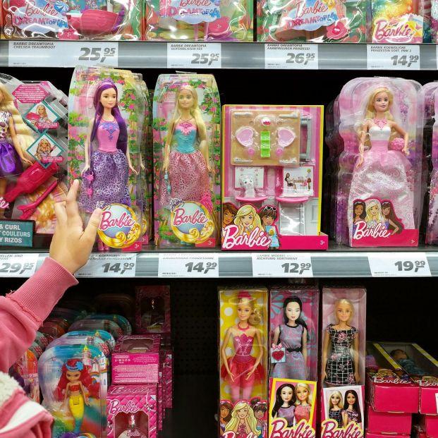 Ejemplares de muñeca Barbie (bigstock)