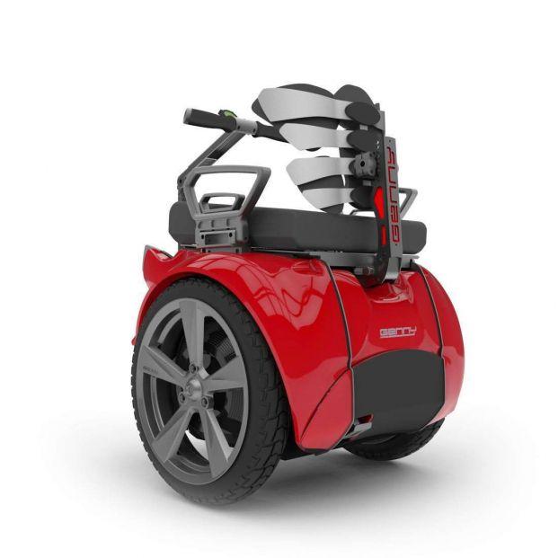 Vehículos, gadgets e inventos interesantes para personas con discapacidad motora: Segway Genny