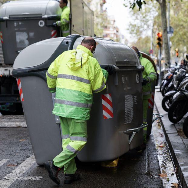 Barcelona introduce por primera vez una tasa de residuos de entre 2,25 y 4,25 euros por hogar