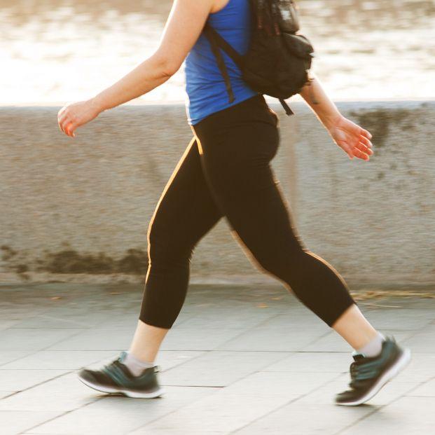 Andar elimina grasa y reduce estómago, pero no vale hacerlo de cualquier manera