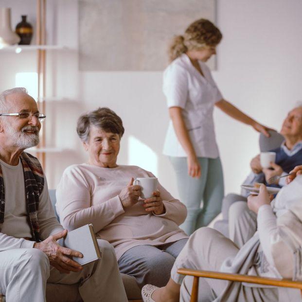 ¿Como pagar una plaza en una residencia para mayores? Alquilando la vivienda habitual
