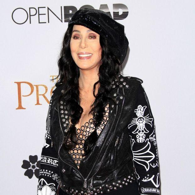 A sus 75 años, Cher se estrena en TikTok y arrasa en la red social