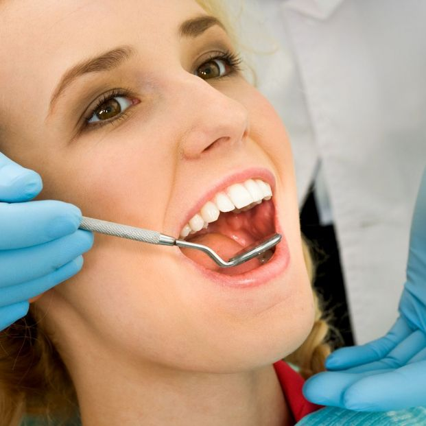 ¿Cómo puede afectarme una mala salud dental a mi salud general? (Bigstock )