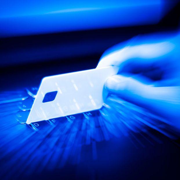 El fraude del carding: pasos para prevenirlo y denunciarlo