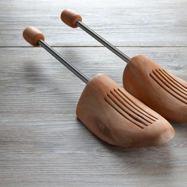 Estas son las distintas maneras para agrandar tus zapatos