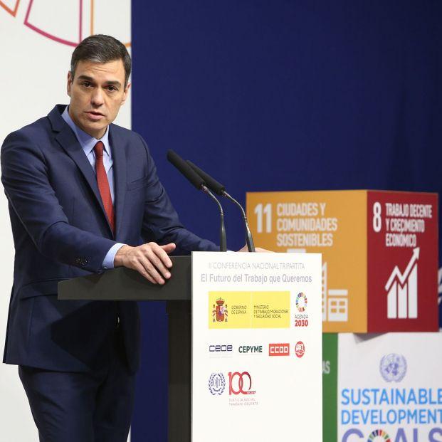 El presidente del Gobierno, Pedro Sánchez, interviene ayer en la inauguración de la II Conferencia Tripartita sobre 'El futuro del trabajo que queremos'.