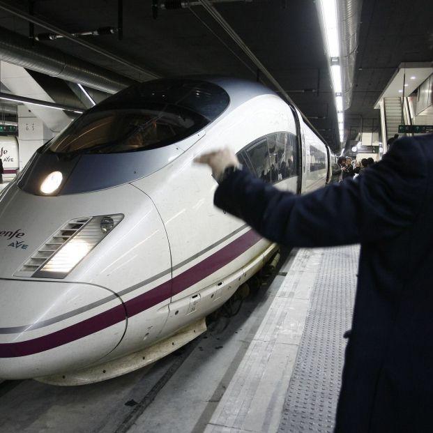 El AVE Madrid-Barcelona tendrá wifi a bordo a partir del 1 de abril
