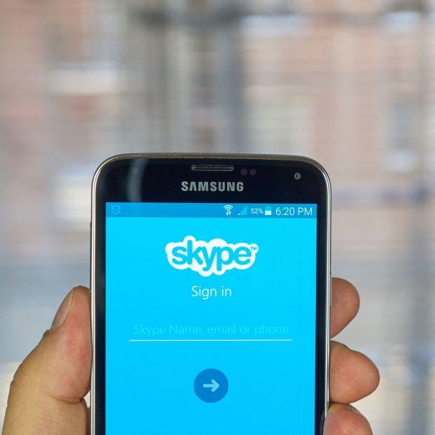 Cómo hacer llamadas y videollamadas grupales vía Skype; funciones que debes conocer