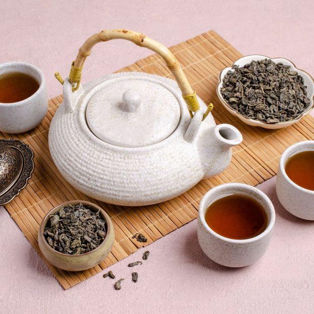 Ceremonia china del té (Bigstock)