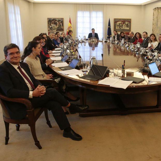Sánchez cumple con lo mínimo y pasa la pelota de las pensiones al Pacto de Toledo