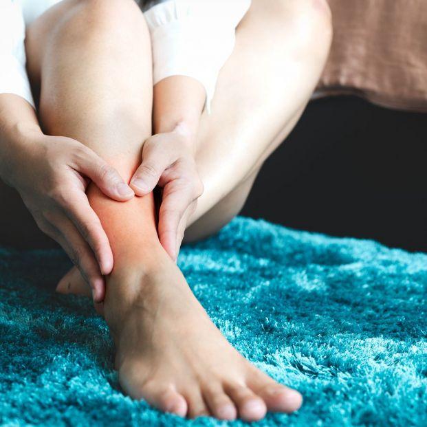 Qué puede provocar un dolor constante en el tobillo
