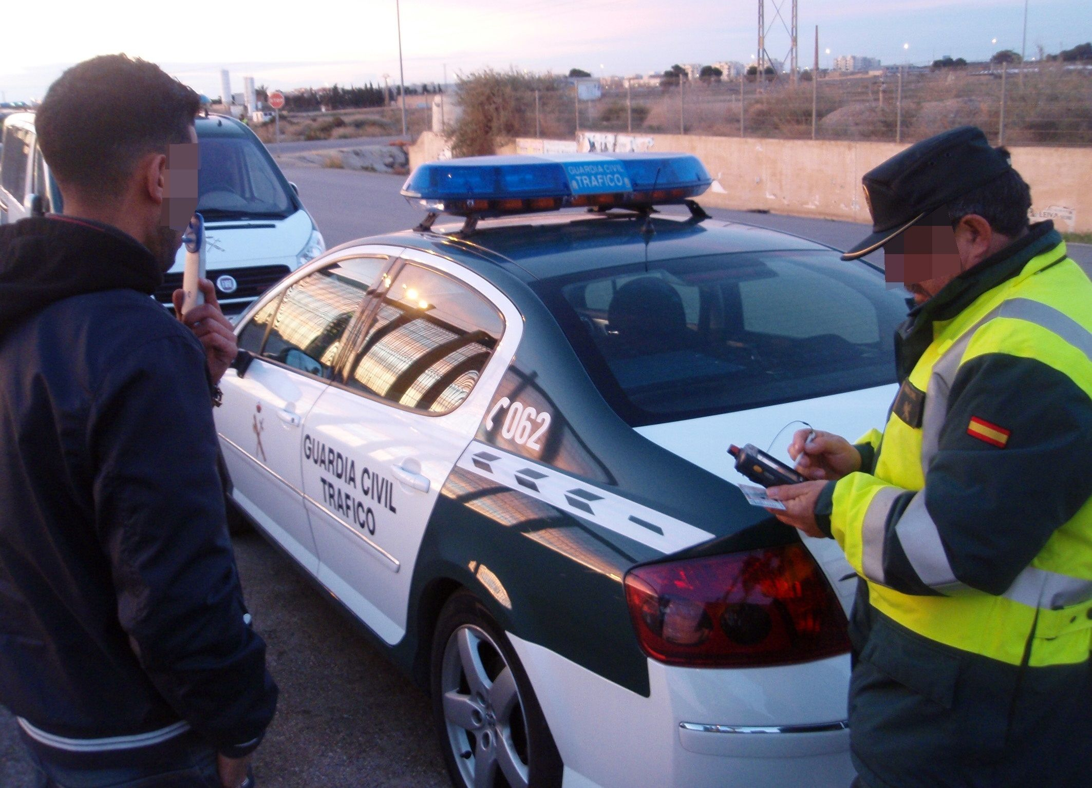 Control de alcoholemia de la Guardia Civil. Foto EuropaPress