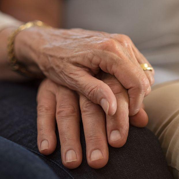 Una pareja de ancianos muere el mismo día en una residencia tras pasar 65 años juntos
