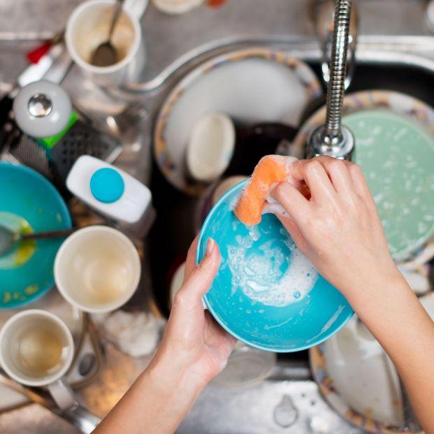 La OCU analiza las mejores y peores marcas de lavavajillas. ¿Cuál es la que utilizas en casa?