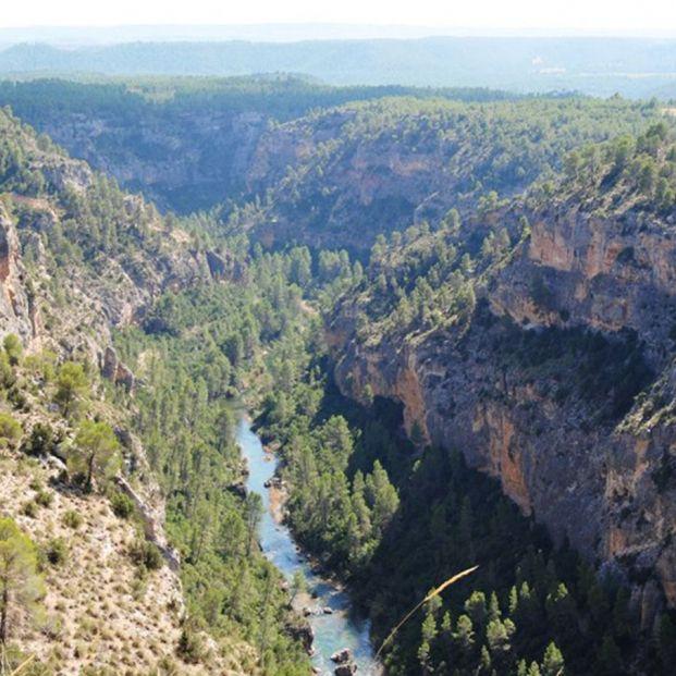 Descubre los farallones que esconde la Reserva Natural de las Hoces del Río Cabriel