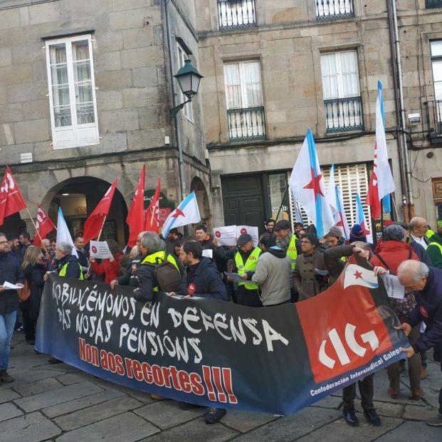 Cientos de pensionistas gallegos salen a la calle por una jubilación digna