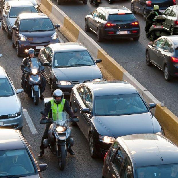 La DGT advierte sobre el peligroso efecto acordeón que provoca atascos y accidentes