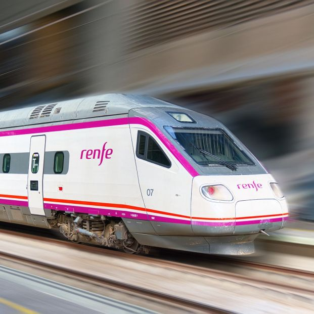 ¿Cómo puedo comprar un billete de tren por internet? (Big stock)