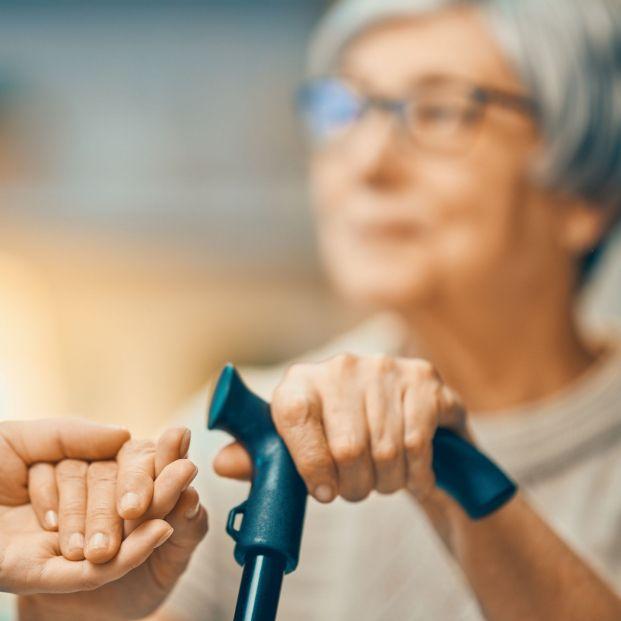 Galicia busca voluntarios para acompañar al médico a personas mayores
