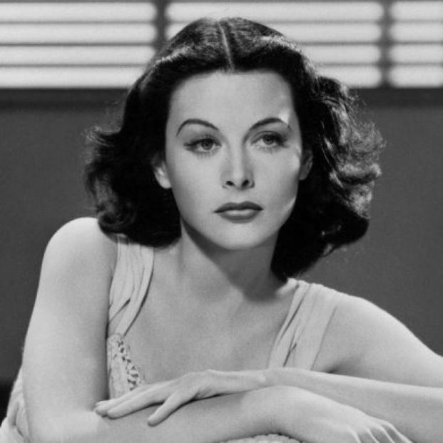 Hedy Lamarr: mujeres inventoras (Wikipedia)