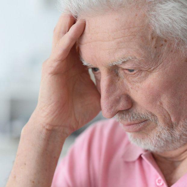 Qué es la encefalitis cómo aparece y se previene (Bigstock)
