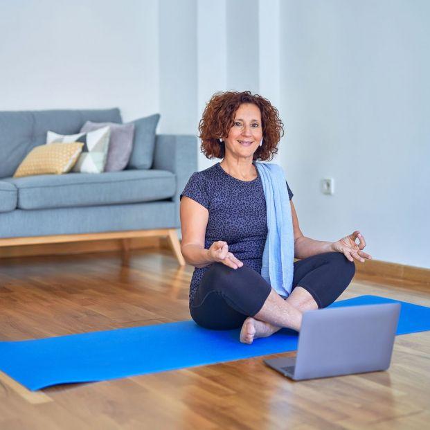 Qué elementos presentes en casa podemos usar para ejercitar el cuerpo