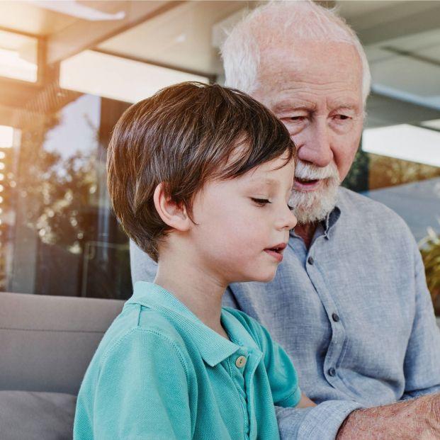 Abuelos, lactancia y ampliación del permiso de paternidad