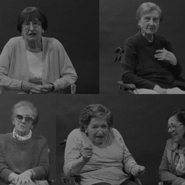 Mujeres mayores de una residencia del País Vasco lanzan en vídeo sus mensajes para el 8M