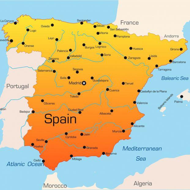 ¿Cuáles son los nombres y los apellidos más comunes en España? (big stock)