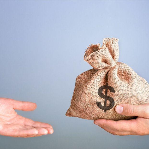 ¿Cómo se hace una donación de dinero a otra persona? Te explicamos todos los pasos y requerimientos