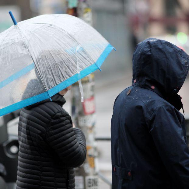Tiempo: La borrasca Karine activa en toda España avisos por viento, lluvias, olas y nieve