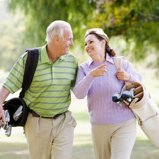 Según un estudio, jugar al golf como mínimo una vez al mes reduce el riesgo de muerte entre mayores
