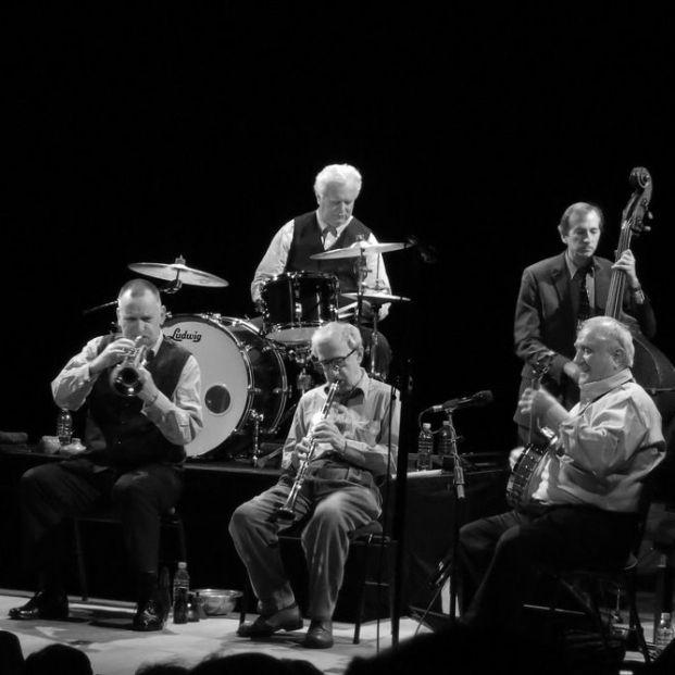 Woody Allen durante un concierto (http://theeddydavis.com/)
