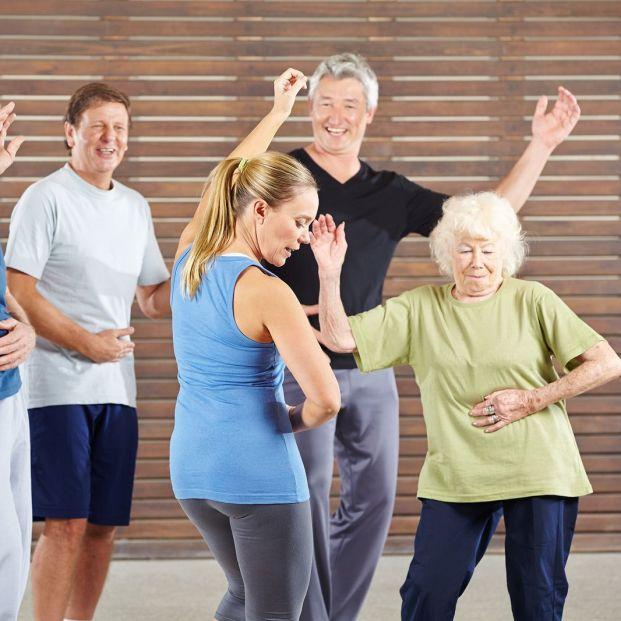 5 deportes perfectos para que las personas mayores se mantengan en forma