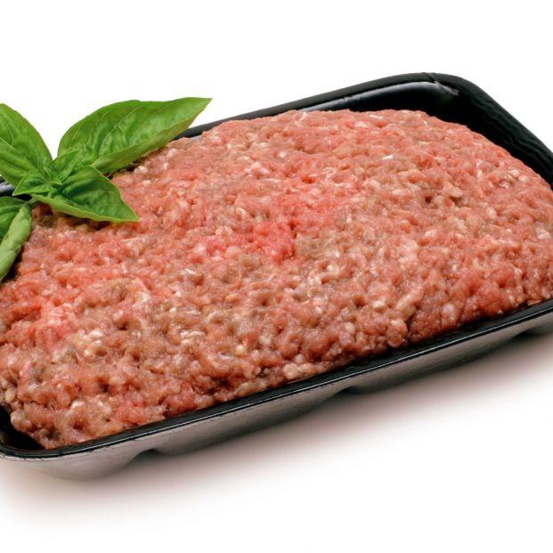 El engaño oculto de la carne picada: en qué tienes que fijarte al comprarla en el supermercado