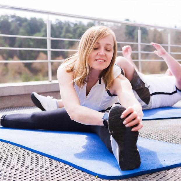 Ejercicios para trabajar cintura y caderas que también puedes hacer en casa