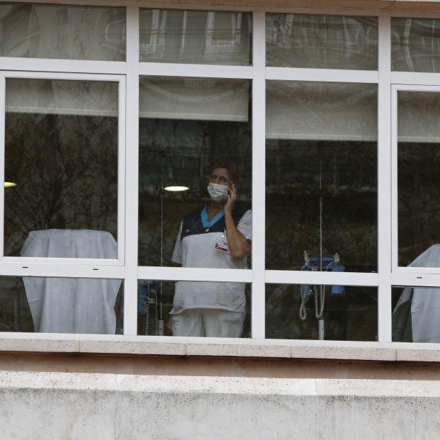 Los sanitarios contagiados en España ascienden a 3.475, alrededor del 12% del total de los casos