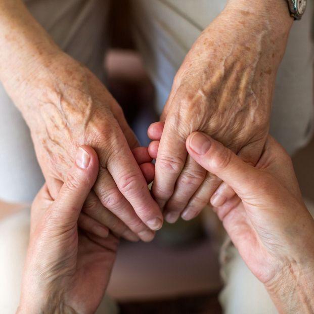 Cómo cuidar a las personas mayores durante el confinamiento por el coronavirus