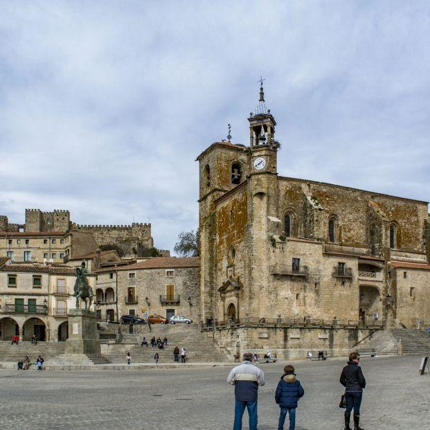 Plazas mayores más bonitas: Trujillo (Bigstock)