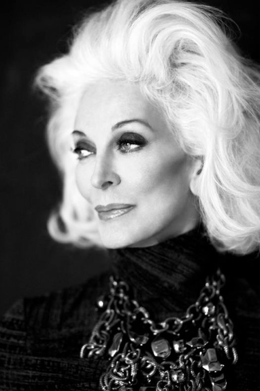Carmen Dell'Orefice (facebook oficial)