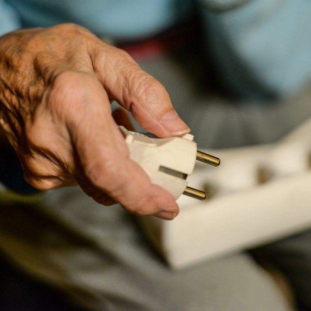 Pobreza energética: El Gobierno olvida a muchos hogares que no podrán pagar la luz tras lacuarentena