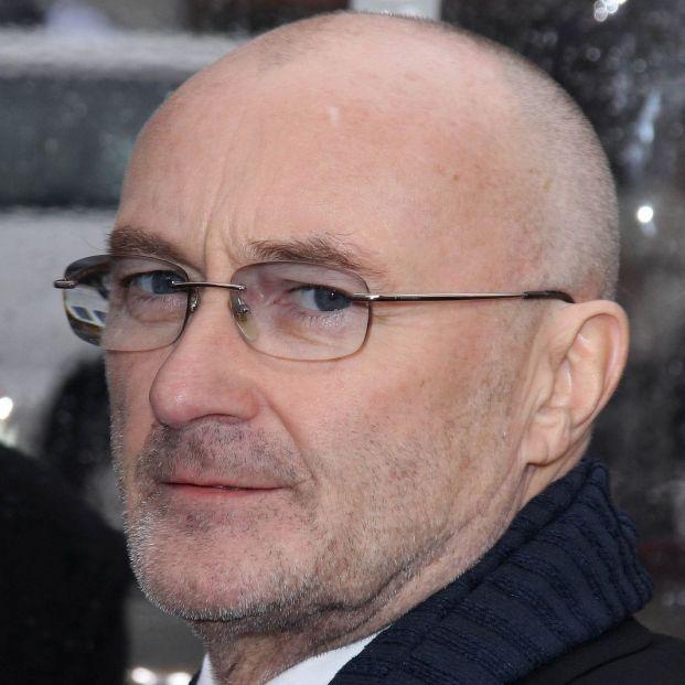 """Phil Collins confiesa sus problemas de salud: """"Apenas puedo sostener una baqueta"""""""