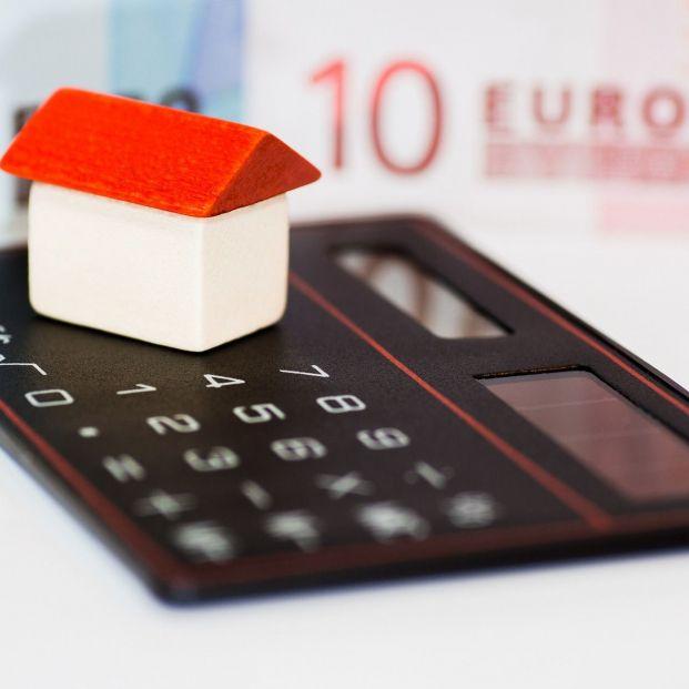 La banca tapona el acceso a la moratoria hipotecaria, según Adicae