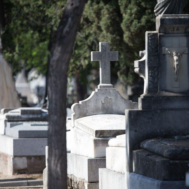 Trabajadores de funeraria de Madrid irán a la huelga para el puente de Todos los Santos